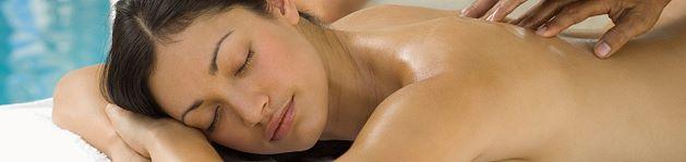 huebsche_frau_massage
